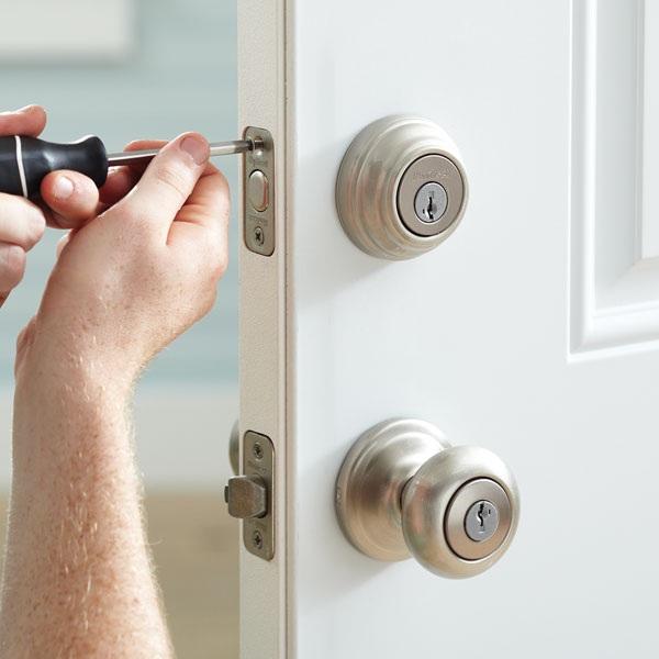 Door Lock Door knob double lock instalation services