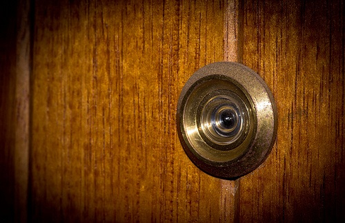 peep eye hole instalation services locksmith nearby my location mandaluyong services qc